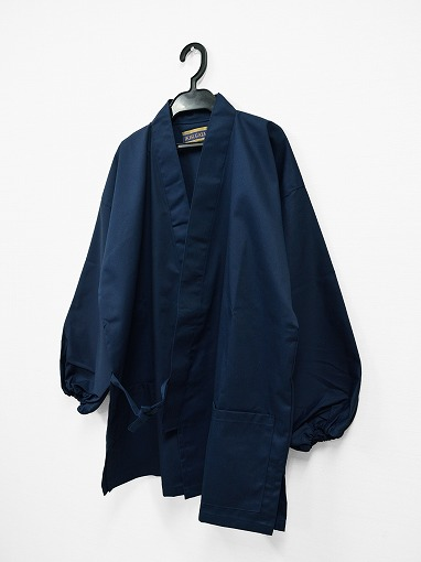 綿ポリ綾織作務衣 濃紺 上着ハンガー