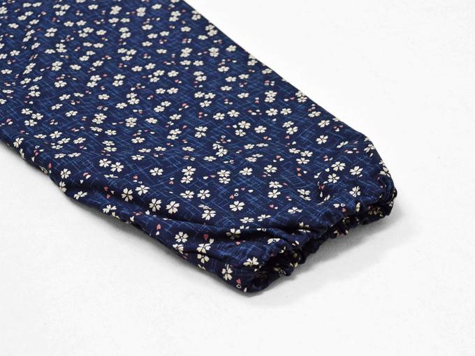 女性総柄作務衣 絣桜(かすりざくら)紺ズボンポケット