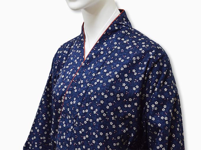 女性総柄作務衣 絣桜(かすりざくら)紺マネキン