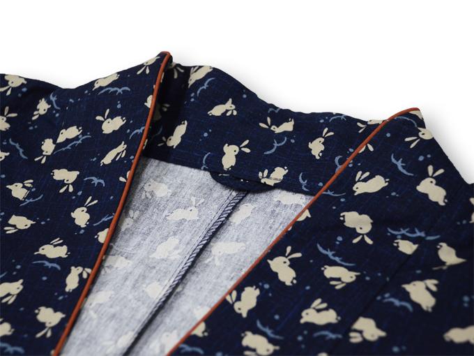 女性総柄作務衣 うさぎ(ウサギ兎)衿部分
