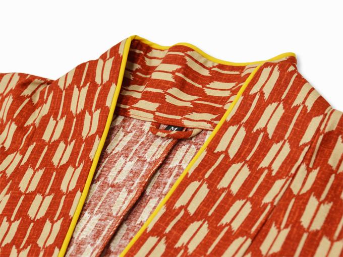 女性総柄作務衣 矢絣(やがすり)/矢羽根(やばね)衿部分