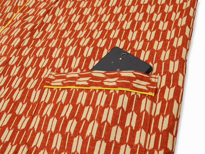 女性総柄作務衣 矢絣(やがすり)/矢羽根(やばね)ポケット部分