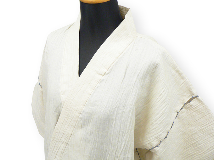 本麻楊柳甚平(日本製) 薄ベージュ マネキン着用左