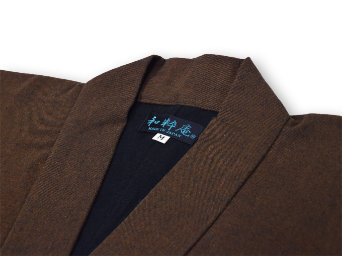 スエード裏地付作務衣 衿部分