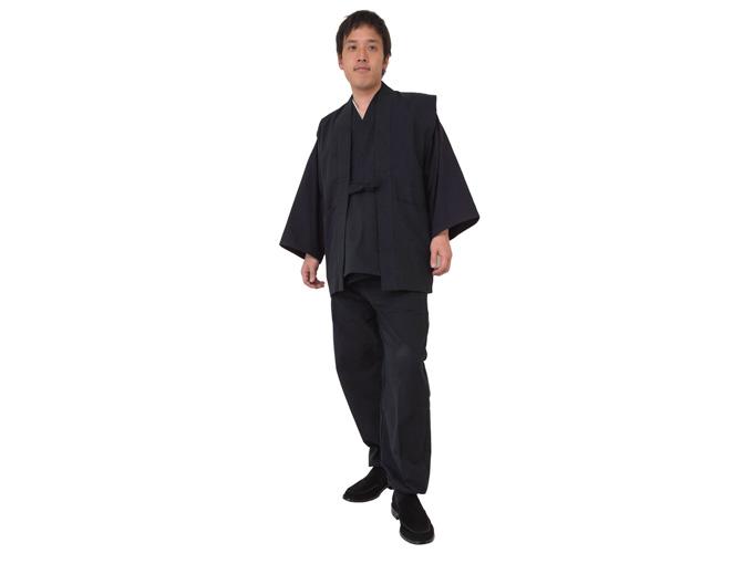 地厚生地作務衣用 羽織 黒(ブラック)着用写真※作務衣は別売りです。