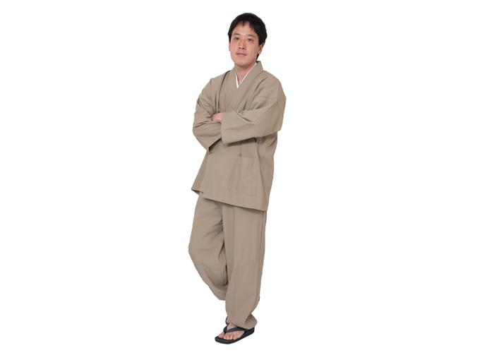 クールマックス・サッカー作務衣 日本製 全身着用写真