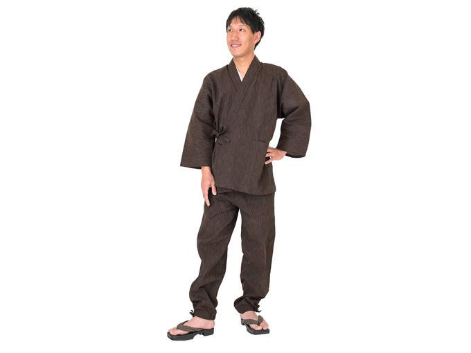 近江ちぢみ絣織作務衣 全身着用写真