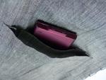 上着のポケットは内ポケットもついて携帯などを入れるのに便利!