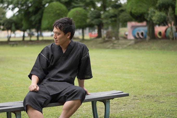 本麻楊柳甚平(日本製) 黒 イメージ写真