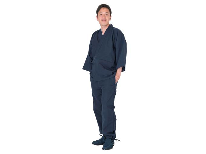 遠州本藍染作務衣 日本製 全身着用写真