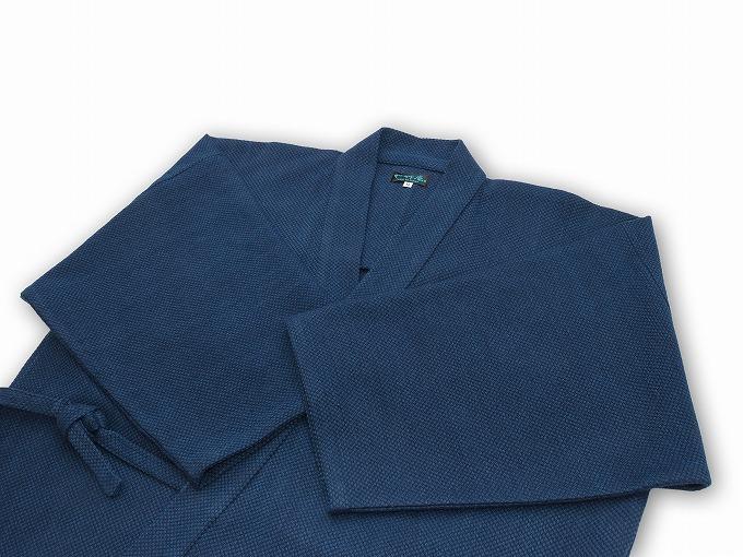 【日本製】 本藍染刺子織作務衣 【和粋庵】上着畳んでいる状態