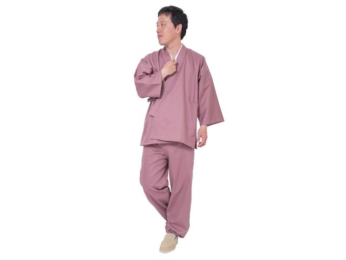 綾織作務衣(あやおりさむえ) ピンク 全身着用写真