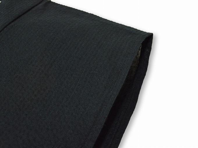 綿麻しじら夏向き作務衣羽織 黒肩部分