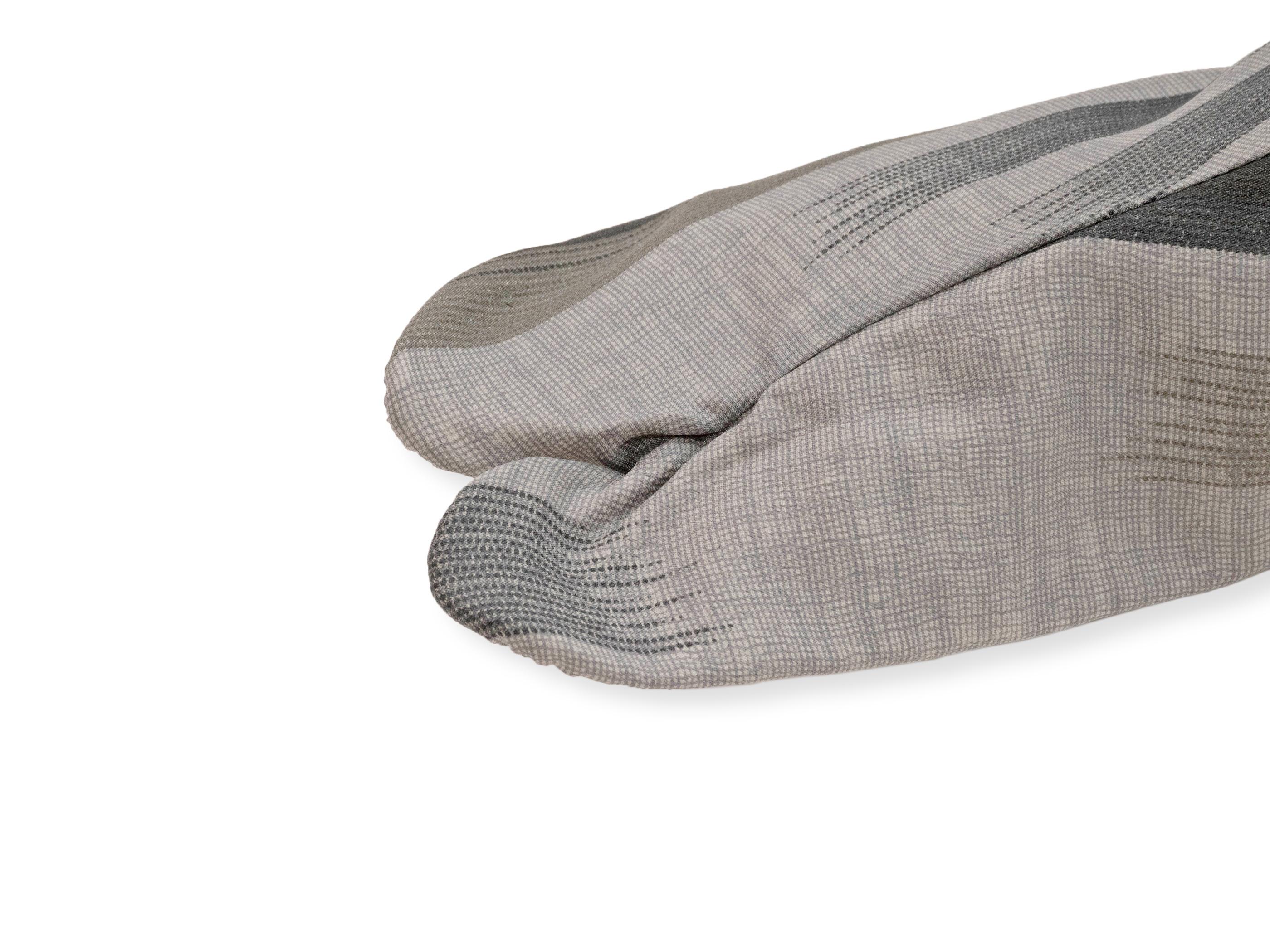 男漢 色木綿 柄足袋 グレーぼかし