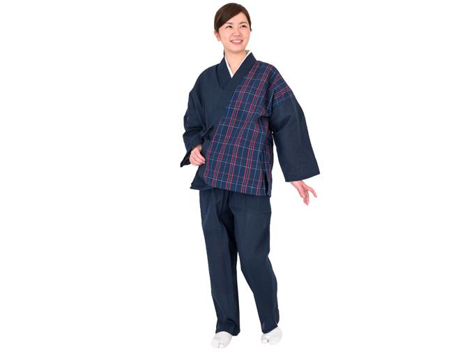 阿波しじら女性デザイン作務衣 日本製 着用写真
