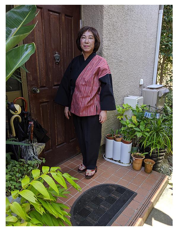 女性用たて絣作務衣  L No.8/少し大きめですが、ゆったりしていて着やすい。生地が柔らかく肌触りが良い。