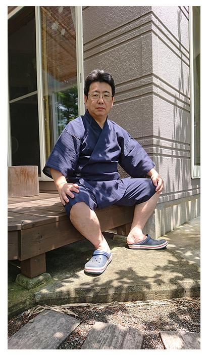 綿麻楊柳甚平 濃紺・L/身長:164cm 体重:80kg/父の日のプレゼントで息子が贈ってくれました。肌触りがよく着心地は申し分ありません。この夏は涼しく過ごせそうです。
