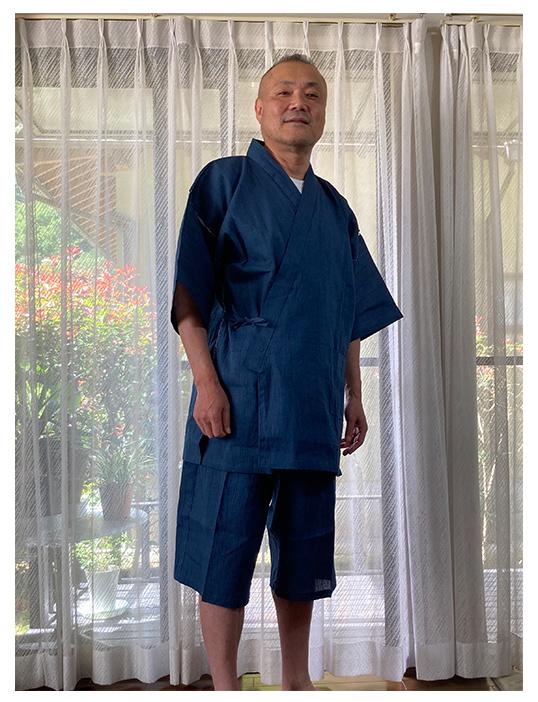 綿麻楊柳甚平 中紺・LL/身長:167cm 体重:66kg /肌触りが最高で、これからの季節にぴったりです。上着丈・ズボン丈ともにやや長め。