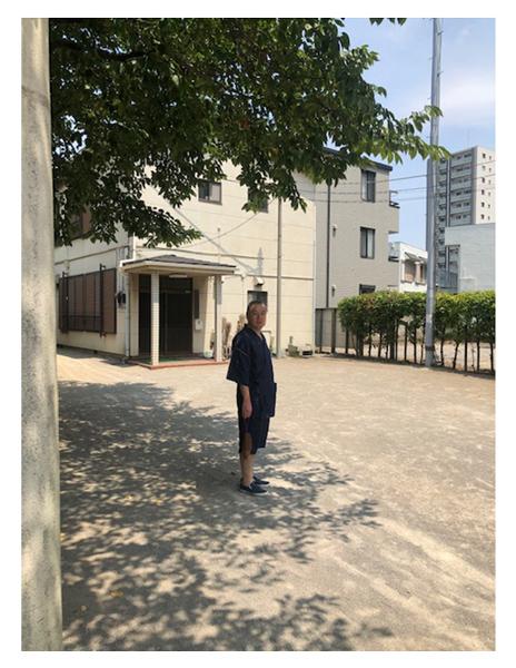 近江ちぢみ本麻楊柳甚平 No.1 濃紺・LL/身長:171cm・体重:78㎏/麻のサラッとした感触が心地よいです。サイズは、普段からL Lのものを着用してますが、余裕があり通気性が良いので涼しいです。