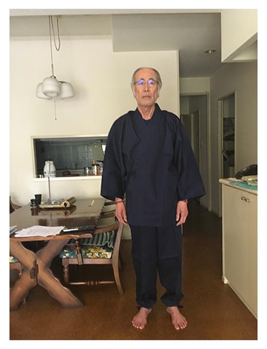 綾織作務衣 No.1 濃紺・L/身長:173cm・体重:62Kg/娘からの誕生日プレゼントです。作務衣は長年着ていますが、とても肌ざわりが良く着心地がい抜群です。長く大事に着たいと思います。