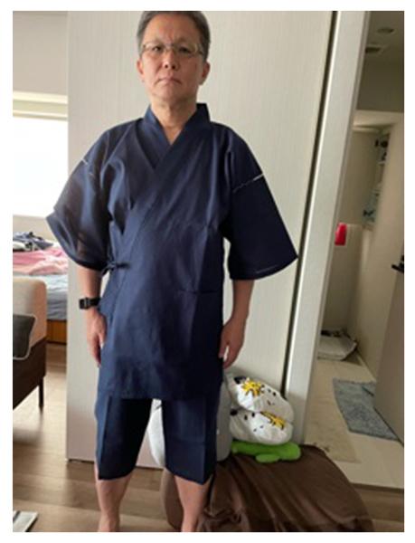 綿しじら甚平 No.1 濃紺・LL/身長:179cm・体重:73Kg/非常にしっかりした綺麗な型で身体にフィットしています。ズボンに軽い素材のファスナーが使われるなど、使い心地に配慮された良い商品だと思います。