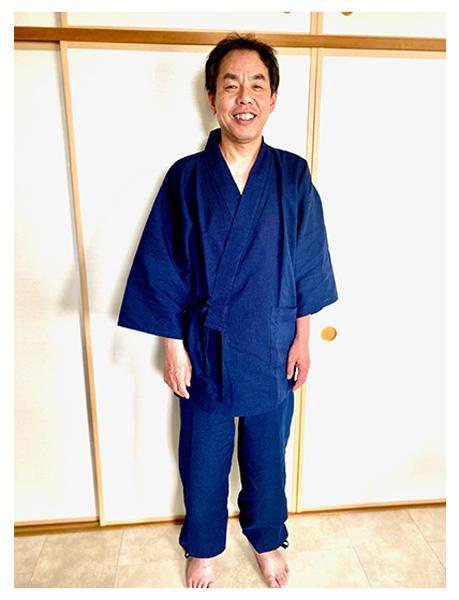 綿麻シジラ作務衣  No.207 濃紺・L/身長:175cm・体重:72Kg/息子に父の日のプレゼントで貰いました。柔らかくて気持ちいい着心地です。